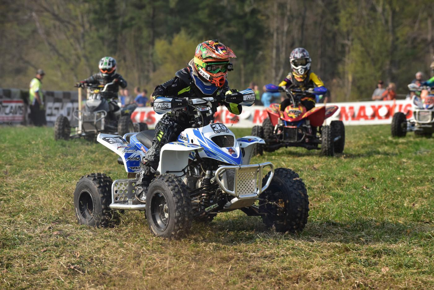 photo gallery  tomahawk youth atvs