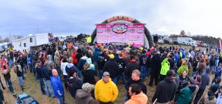 AMSOIL Ironman GNCC Goes Pink in Honor of Breast Cancer Awareness Month