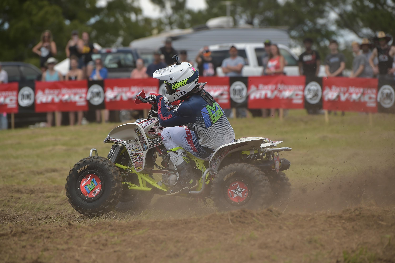 Video Report: The Bulldog ATV's - GNCC Racing