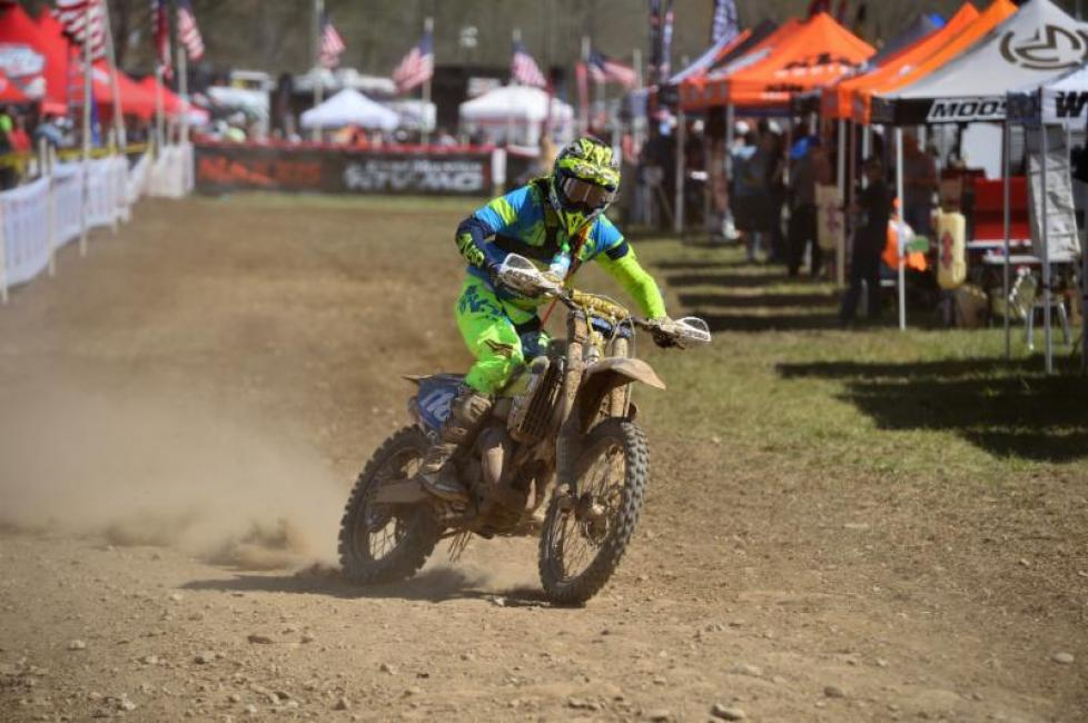 Edmondson prevailed through tough conditions to earn his fourth-straight win.