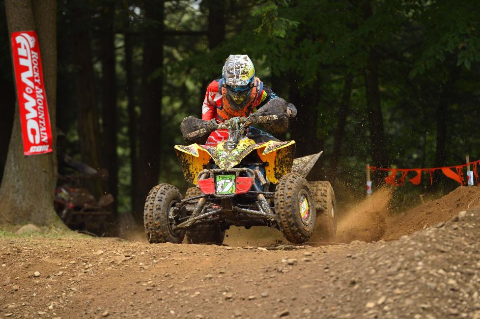 Hunter Hart had his hands full with Devon Feehan, but held off the pressure to take the XC2 Pro-Am class win.