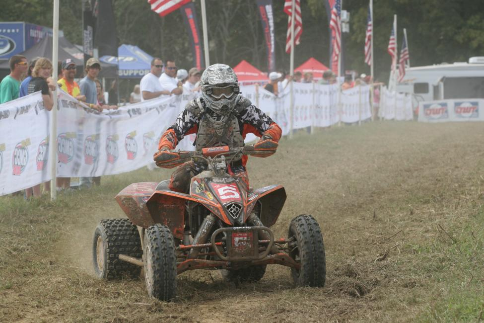Bryan Cook blasts through the pro pits at the 2010 Titan GNCC