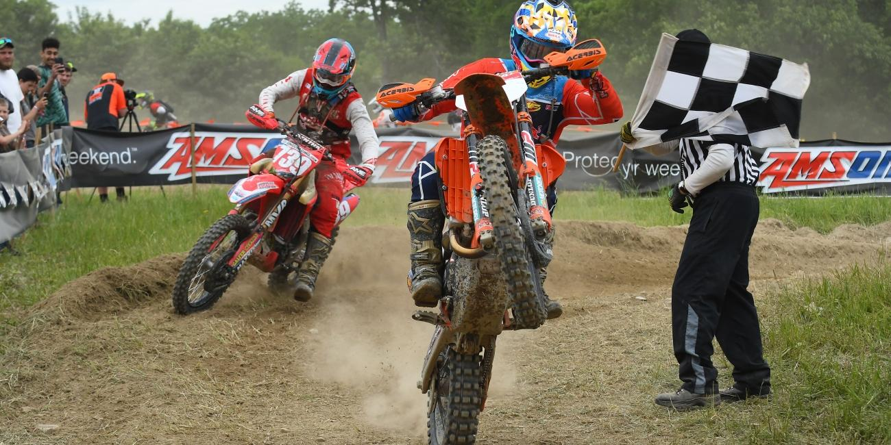 Russell and Bollinger Battle to the Wire at Dunlop Tomahawk GNCC