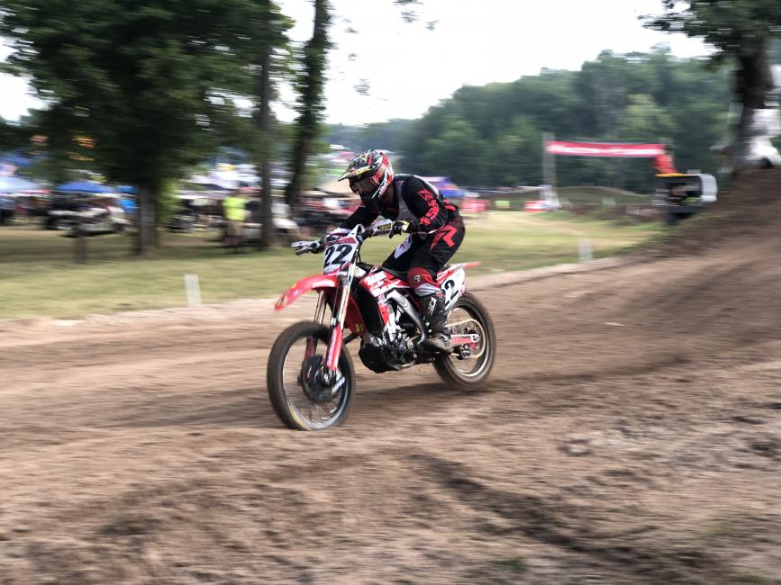 Former GNCC competitor, Darin Downs, took the first moto win in the Vet 30+ class at Loretta Lynn's last week!
