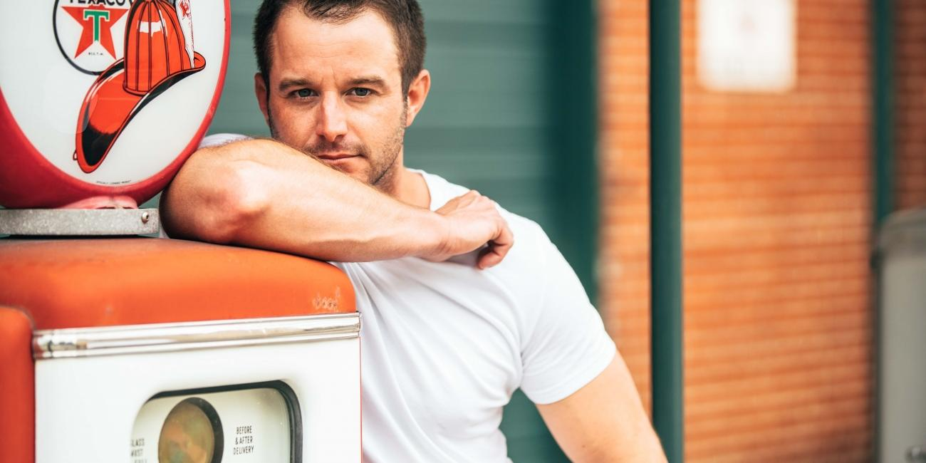 Easton Corbin and Davisson Brothers Band to Perform at AMSOIL Ironman GNCC