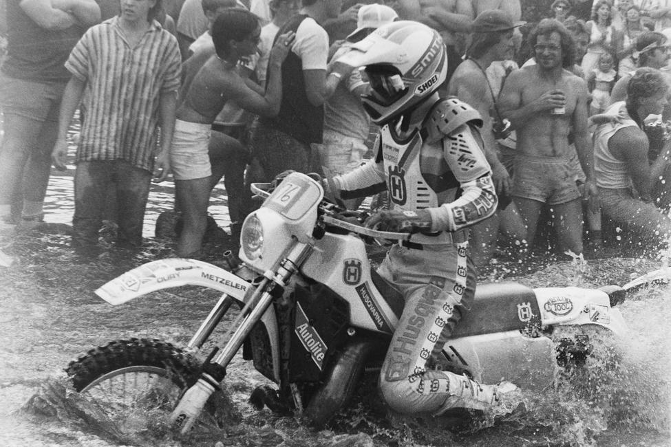This one comes from the 1986 Blackwater 100 and that's today's AmPro Yamaha Team Owner, Randy Hawkins!