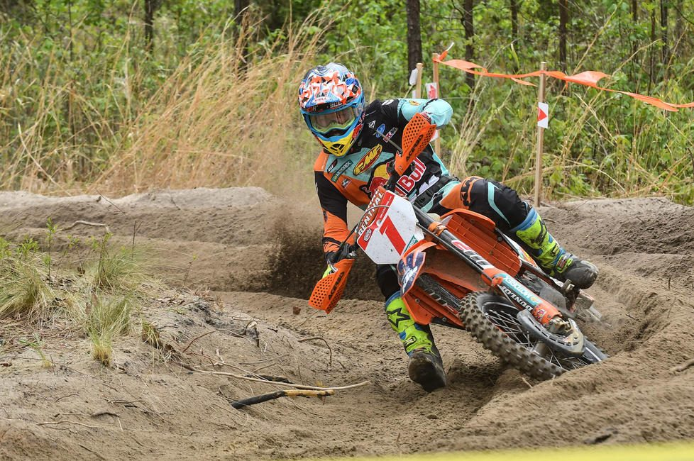 Bell Helmets is excited to announce their multi-year partnership with GNCC Racing.