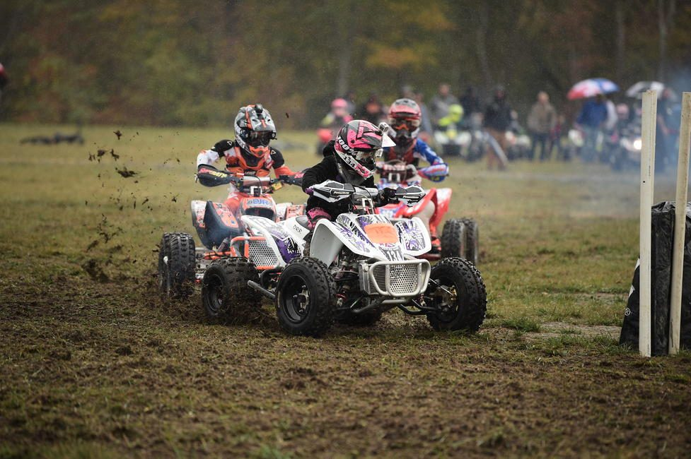 Davis moved up to the MXC1 class at the end of the season, and took the class & overall win at the final two rounds.