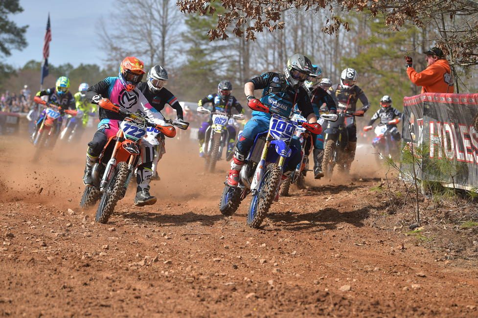 Zack Hayes (#722) took home the FMF XC3 125 Pro-Am class win.