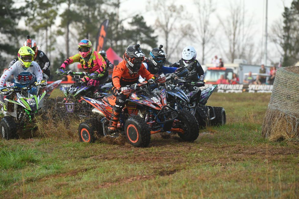 Tyler Cox grabbed the early lead, racing to an overall win at round three.